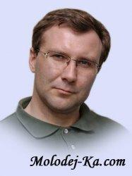 Соколов Игорь. Мне 35 лет, из которых 8 лет я знаю Господа. Слава  Ему!