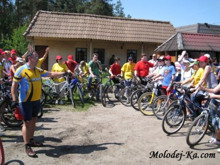 Верующие обхватили селения велопробегом и молитвой
